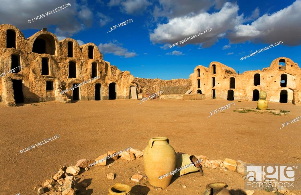 Stock Photo: Tunisia Ksar Métameur  Ghorfas.