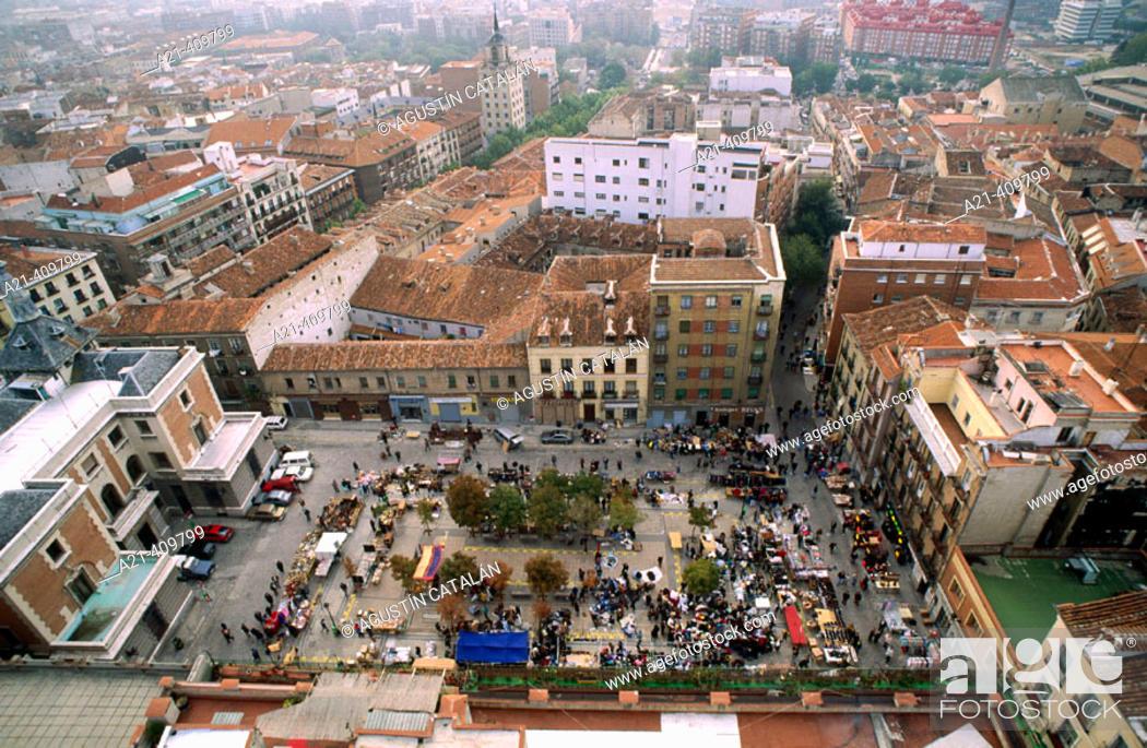 Stock Photo: El Rastro flea market, Madrid, Spain.