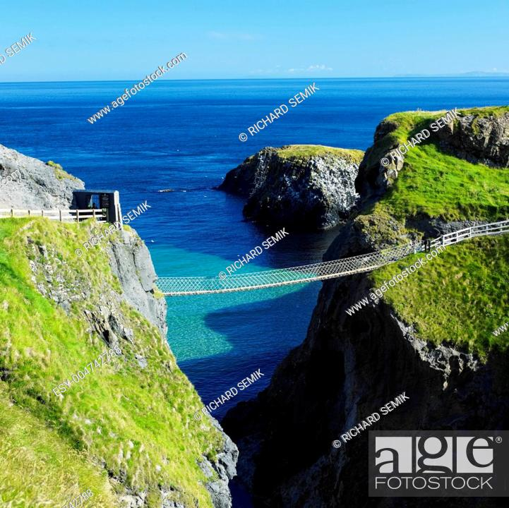 Stock Photo: Carrick-a-rede Rope Bridge, County Antrim, Northern Ireland.