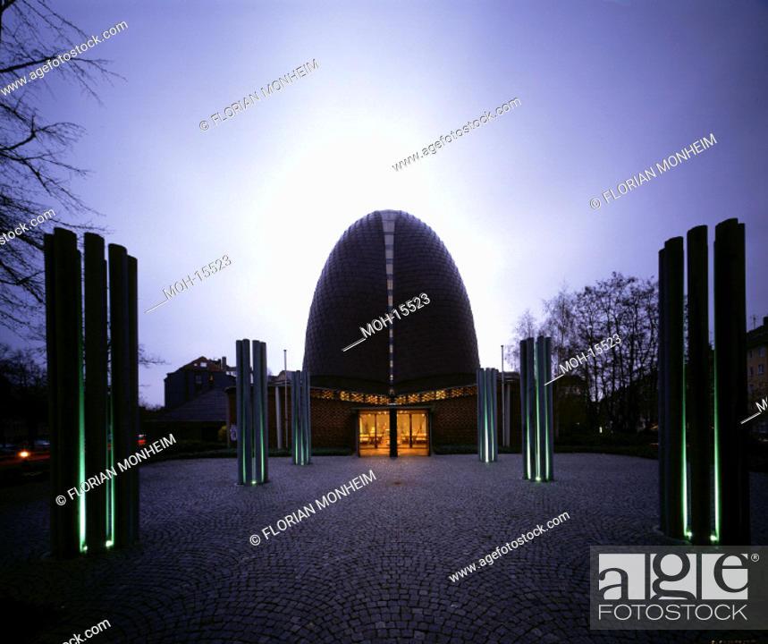 Stock Photo: Düsseldorf, Rochuskirche/ Architekt: Prof. Schneider-Esleben.
