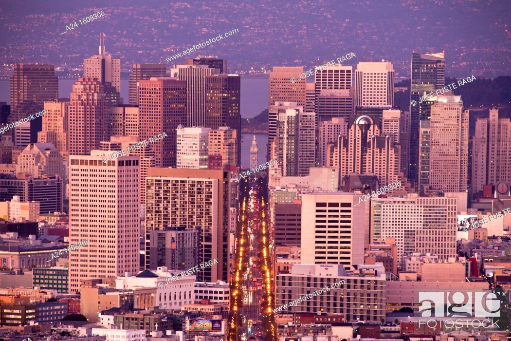 Stock Photo: USA-California-San Francisco City-Downtown San Francisco-Market Street.