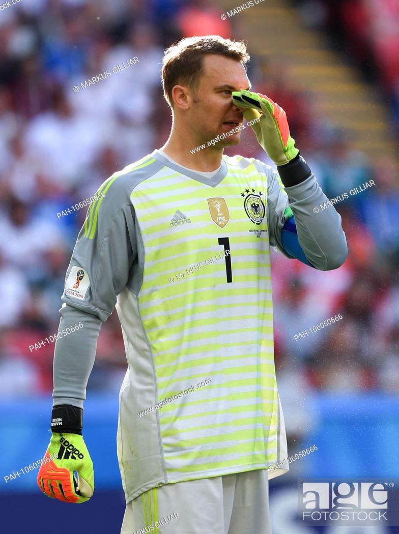 finest selection 91afb c619d Action portrait, campaign portrait goalkeeper Manuel Neuer ...