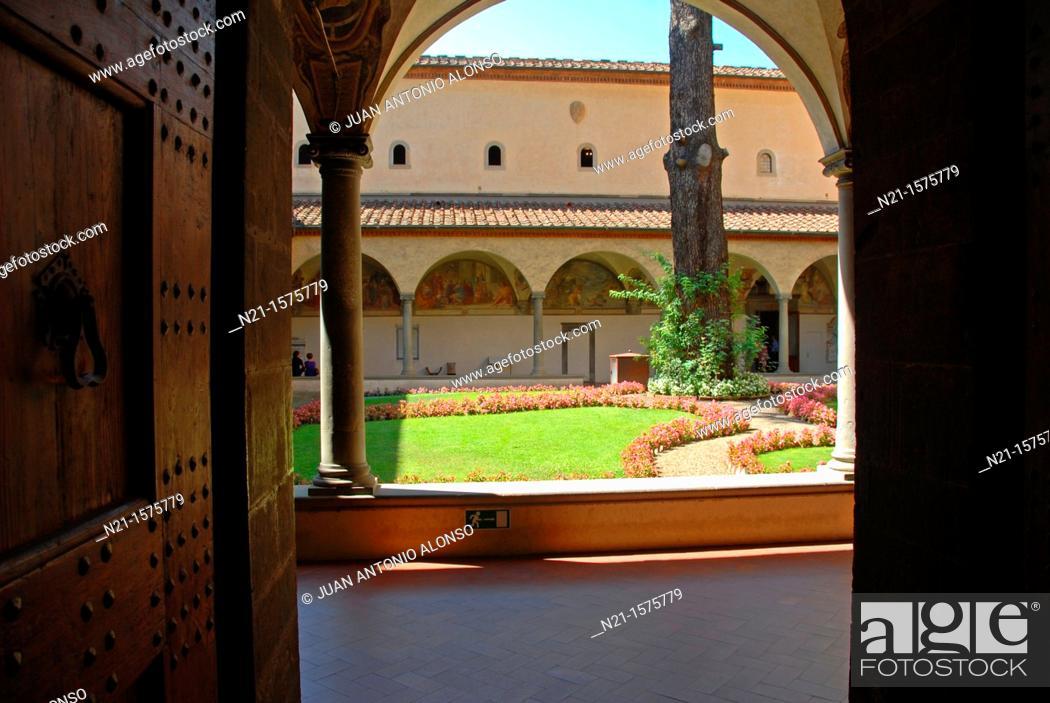 Imagen: Sant'Antonino cloister. Convento di San Marco, Florence, Italy.