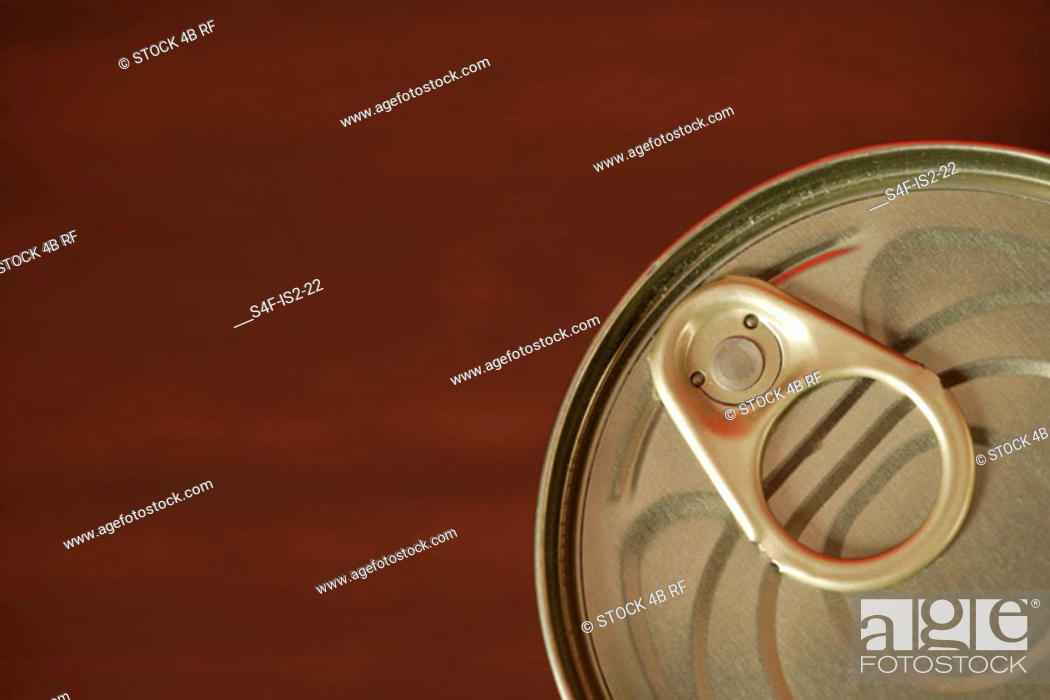Stock Photo: Clip on top of a can (part of), close-up.