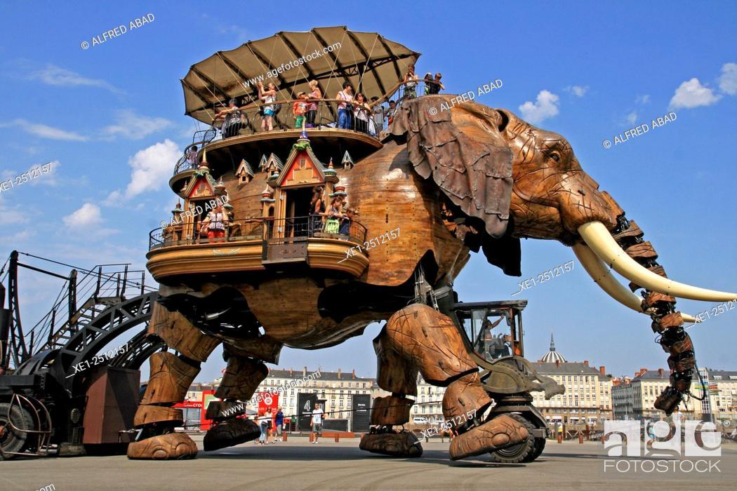 Stock Photo: The Great Elephant, The Island Machines, Nantes, France.