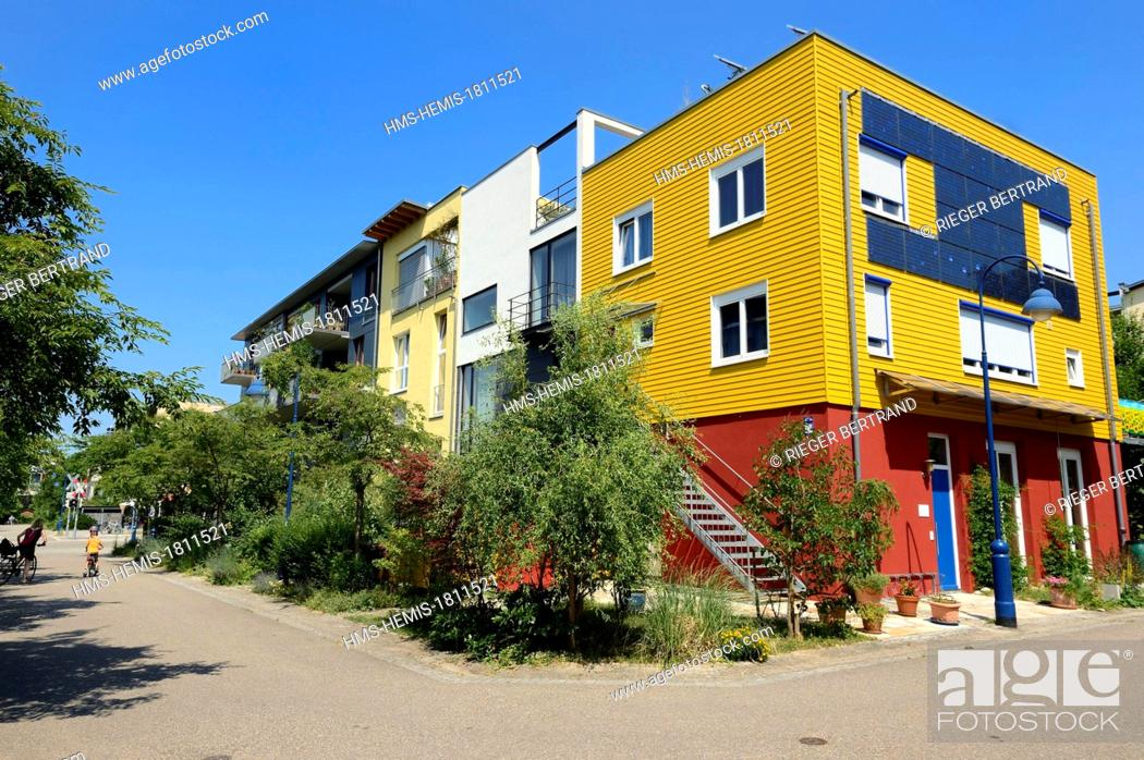 Stock Photo: Germany, Baden Wurttemberg, Freiburg im Breisgau, ecological Vauban quarter, solar panels.