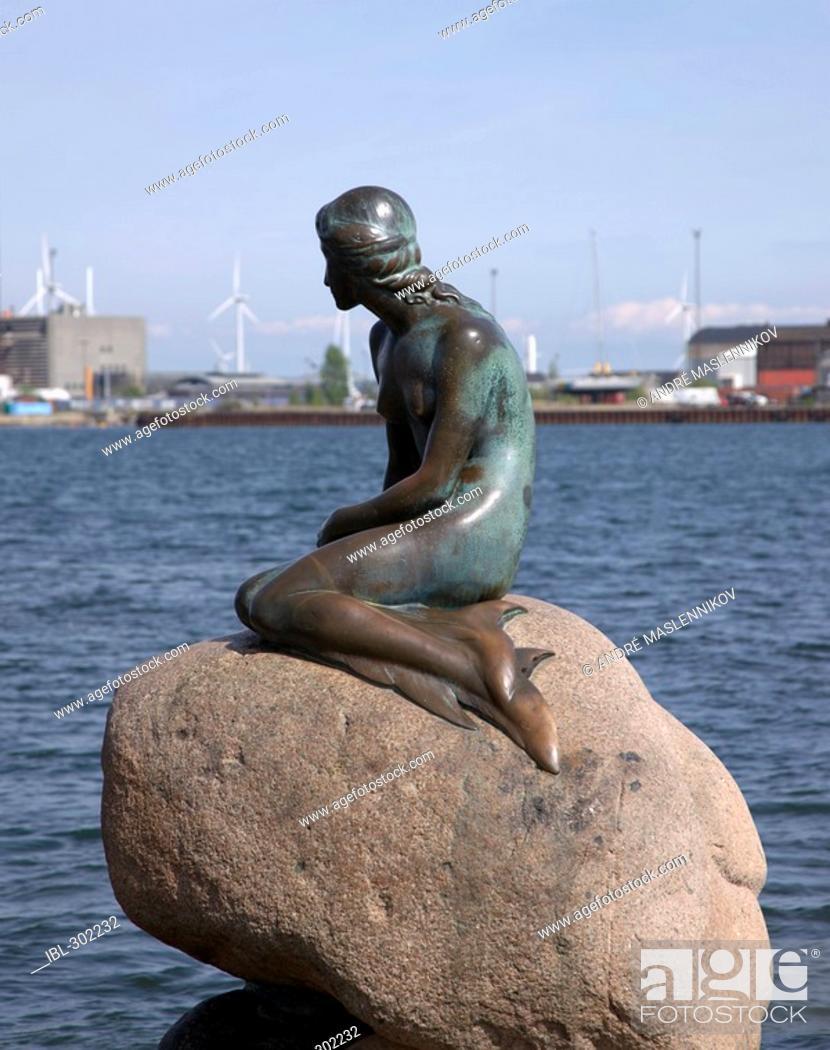 Stock Photo: The little mermaid, Copenhagen, Denmark.