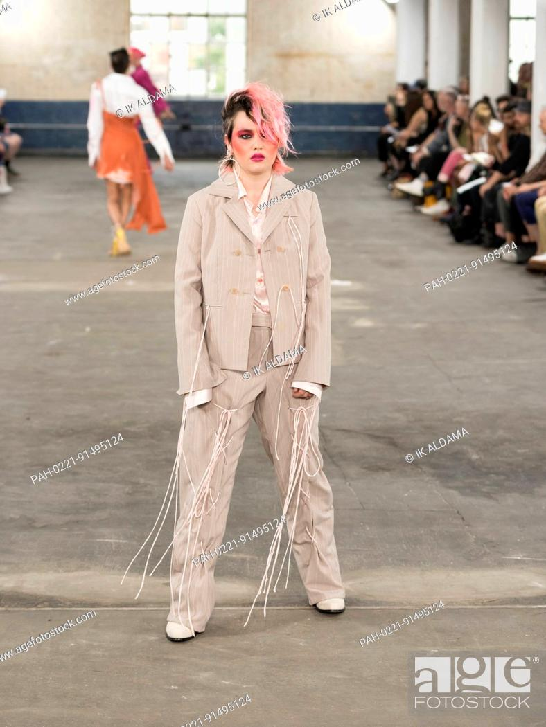Art School Man Catwalk At London Fashion Week Mena S Ss18 London Uk Stock Photo Picture And Rights Managed Image Pic Pah 0221 91495124 Agefotostock