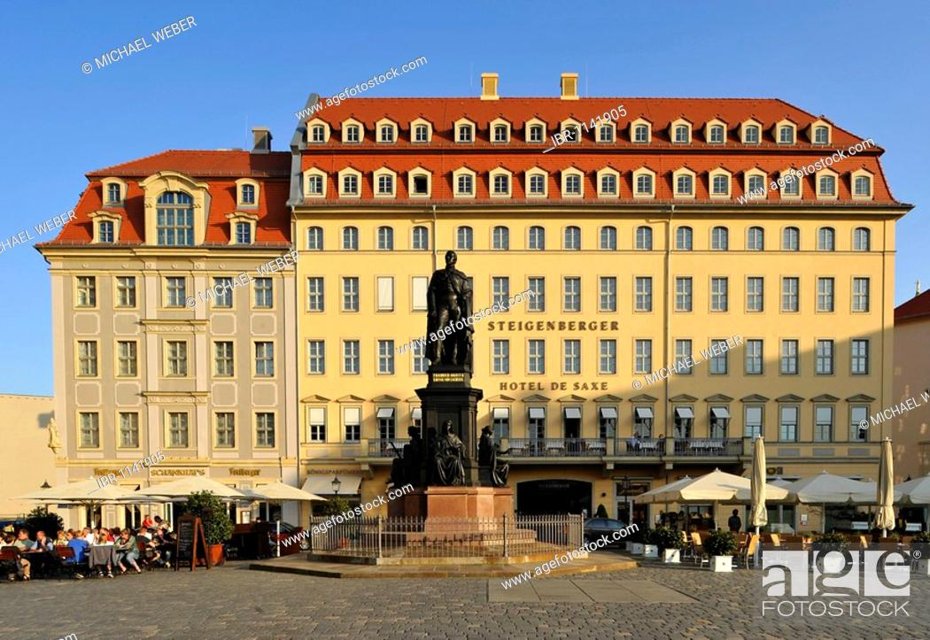 Imagen: Statue of Augustus II the Strong of Saxony, in front of Hotel Steigenberger de Saxe, Dresden, Free State of Saxony, Germany, Europe.