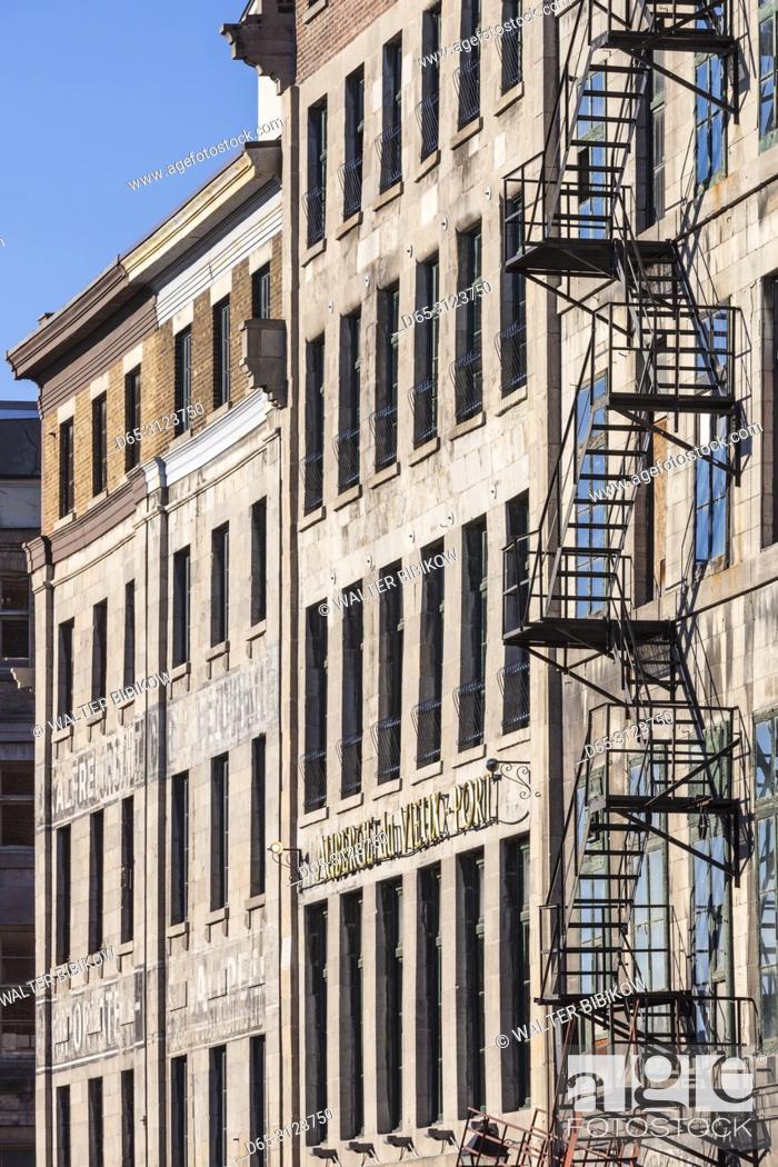 Imagen: Canada, Quebec, Montreal, The Old Port, buildings along Rue de la Commune.