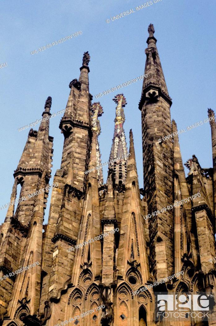 Stock Photo: Spain, Barcelona. Gaudi Building.