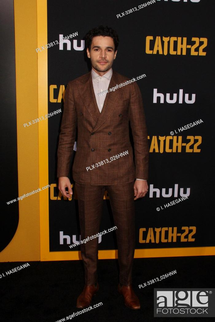 "Imagen: Christopher Abbott 05/07/2019 The U.S. Premiere of Hulu's """"CATCH-22"""" held at The TCL Chinese Theatre in Los Angeles, CA Photo by I."