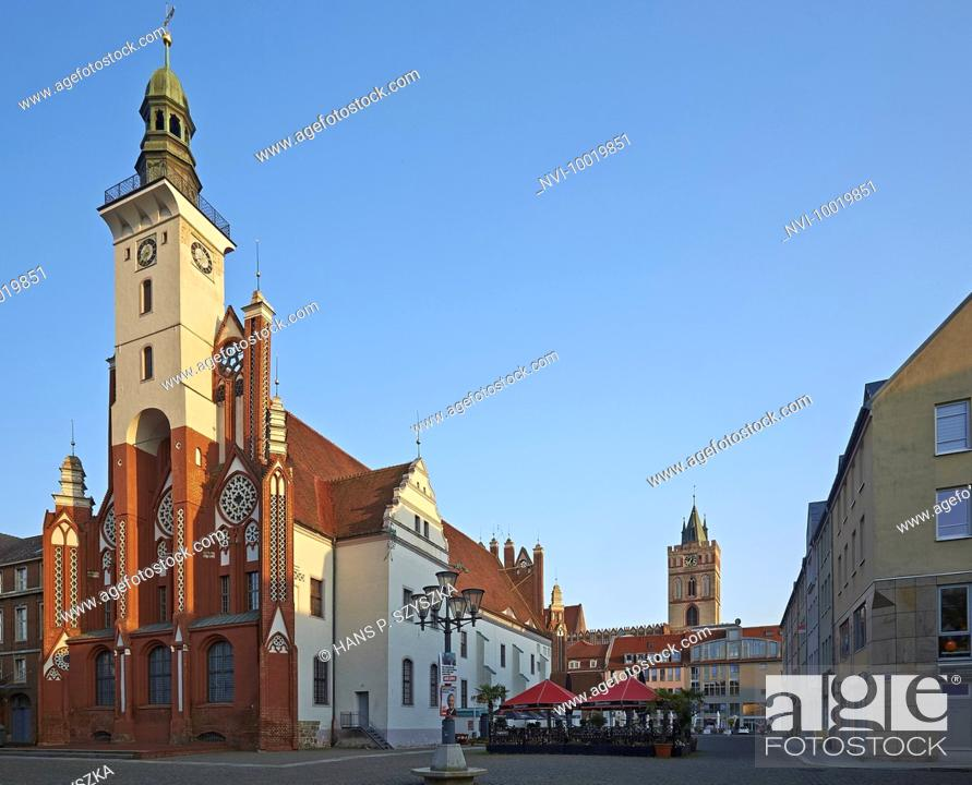 Stock Photo: City Hall at Market in Frankfurt (Oder), Brandenburg, Germany.