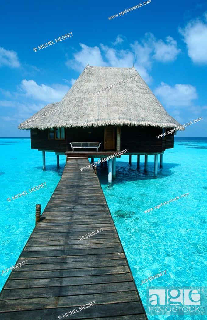 Stock Photo: Maldives - Dunikolu Island - Coco Palm Resort.