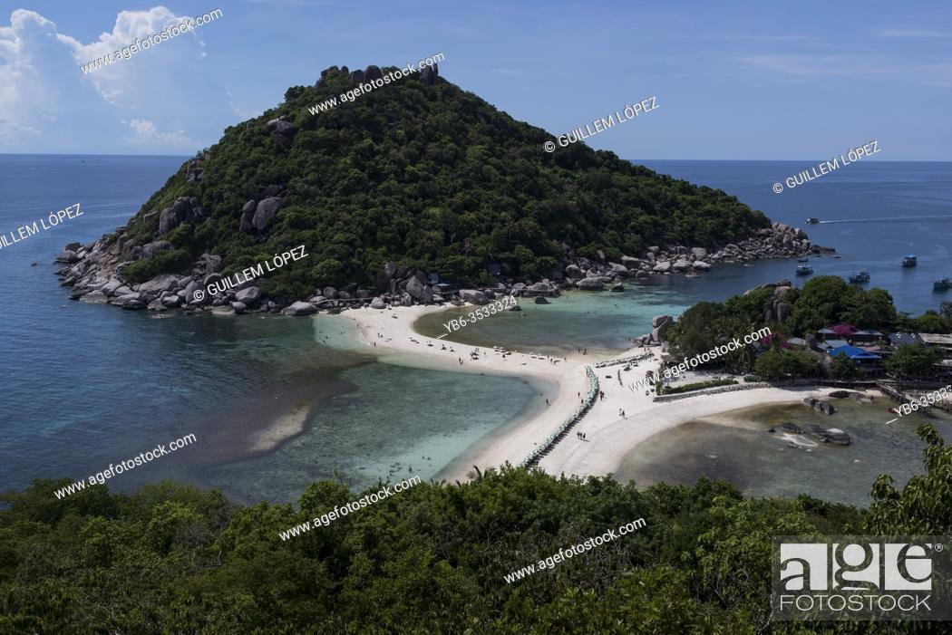 Stock Photo: Panoramic view of the Nang Yuan Island near Koh Tao, Thailand.