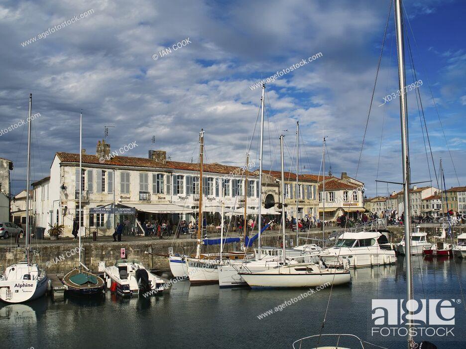 Stock Photo: harbour, Saint-Martin-de-Re, Ile-de-Re, Charente-Maritime Department, Nouvelle Aquitaine, France.