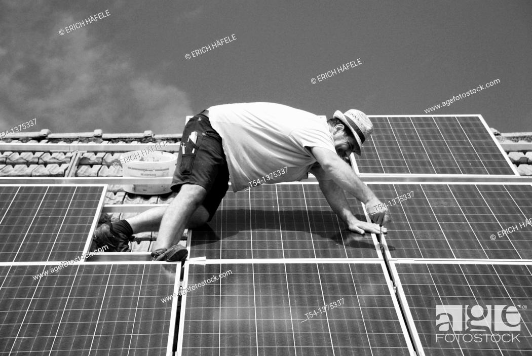 Stock Photo: Instalation of a Solarfield.