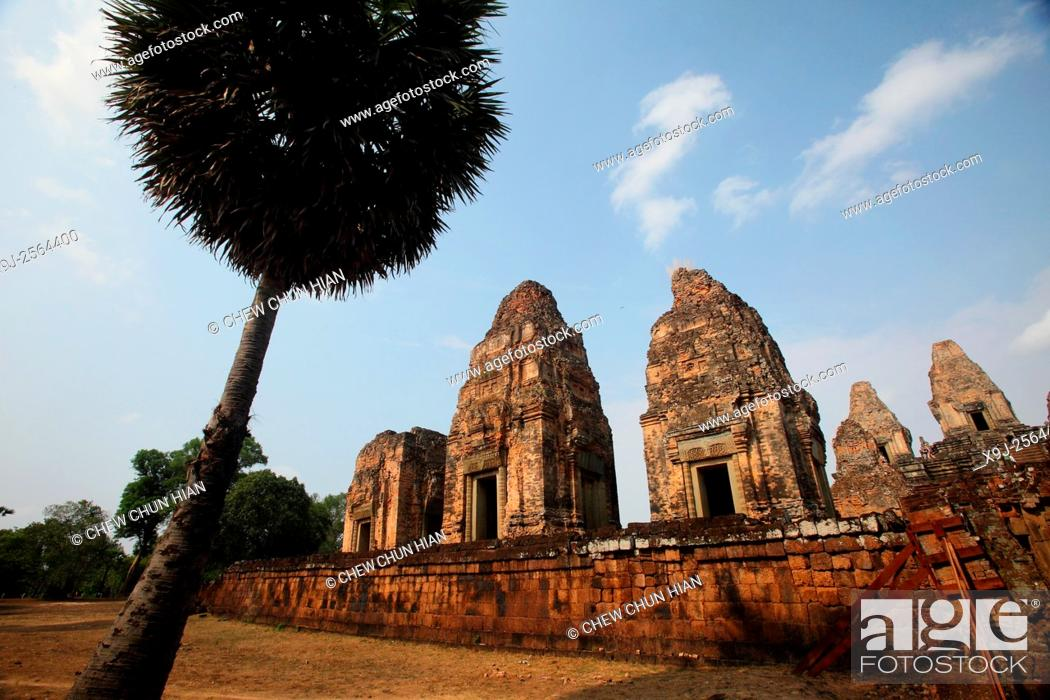 Stock Photo: Temple in the Angkor Thom Area, Siam Reap, Cambodia.