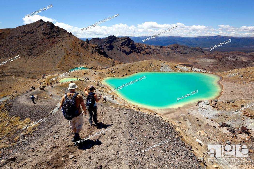 Stock Photo: Walkers and Emerald Lakes on the Tongariro Alpine Crossing, Tongariro National Park, UNESCO World Heritage Site, North Island, New Zealand, Pacific.