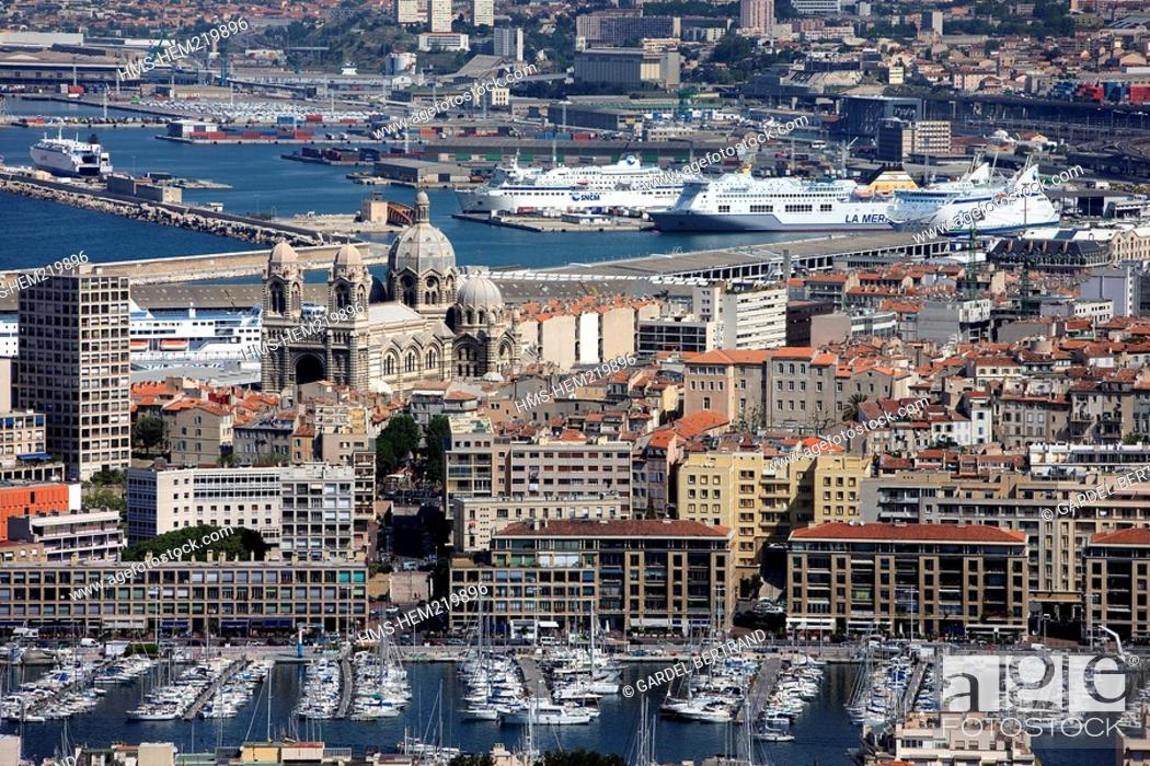 Stock Photo: France, Bouches du Rhone, Marseille, Vieux Port, the Major Cathedral and the commercial port.