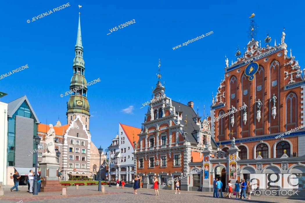 Stock Photo: St Peter's Church, Peterbaznica, House of the Blackheads, Melngalvju nams, Town Hall Square, Ratslaukums, Old Town, Vecriga, Riga, Latvia.