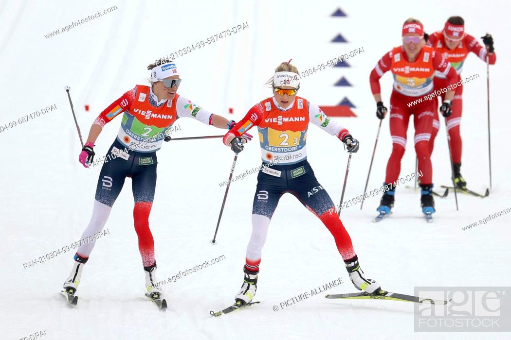 Imagen: 04 March 2021, Bavaria, Oberstdorf: Nordic skiing: World Championships, cross-country, relay 4 x 5 km, women. Heidi Weng (l) from Norway changes to Therese.