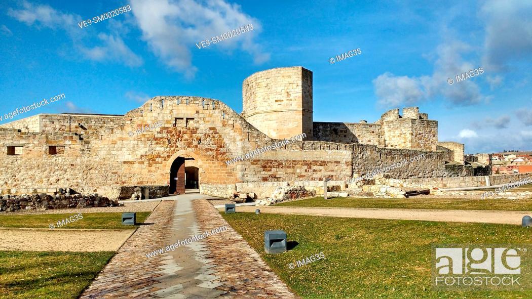 Imagen: Zamora castle. Zamora city, Castile Leon, Spain.