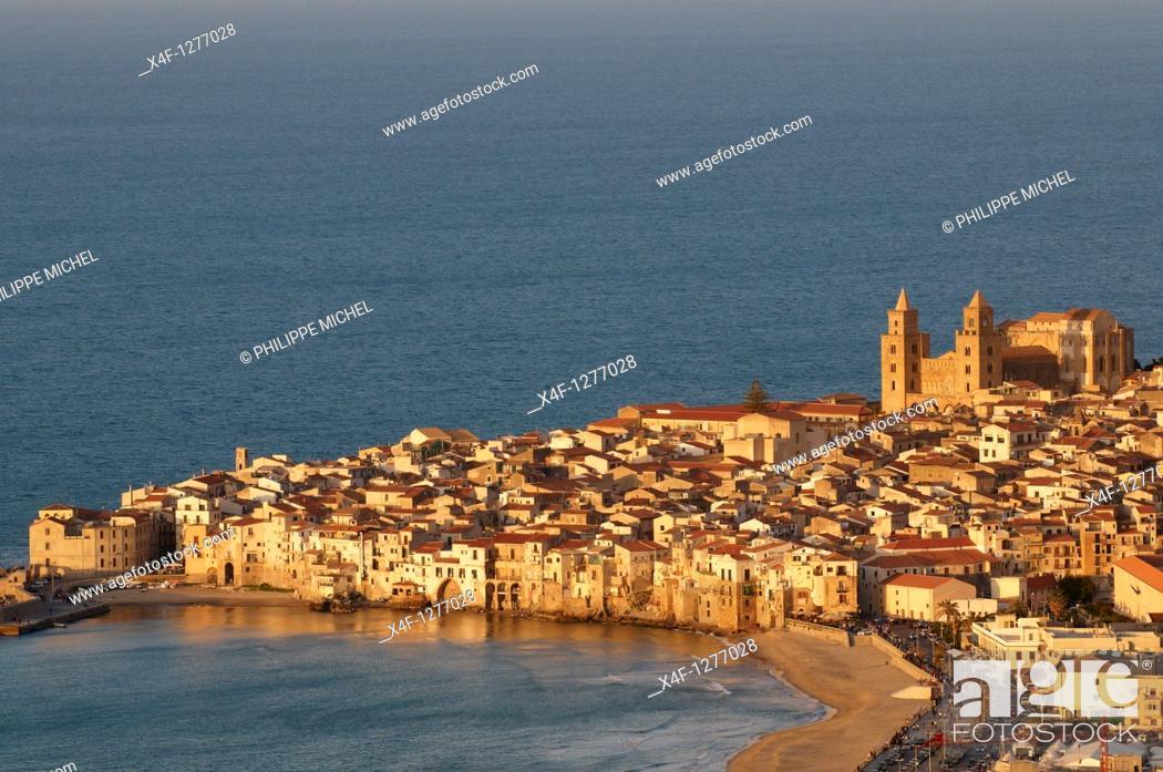 Stock Photo: Italy, Sicily, Palermo district, Cefalu.