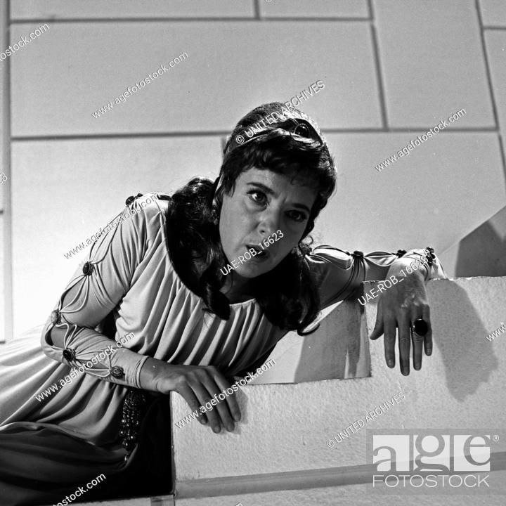 Imagen: Phädra, Fernsehfilm, Deutschland 1967, Regie: Oswald Döpke, Darsteller: Joana Maria Gorvin.