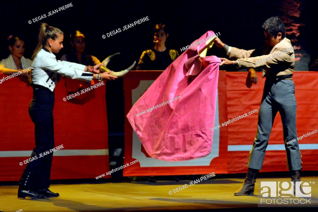 Stock Photo: France, Herault, Beziers, Cathedral Saint Nazaire of 13th century, Convent, annual Feria, Company Amapola, choreograph flamenco of bullfighting poetries.