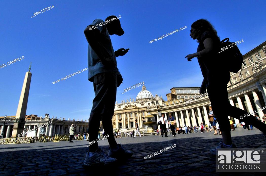 Stock Photo: St. Peter's square and St. Peter's Basilica. Vatican city. Rome, Italy.