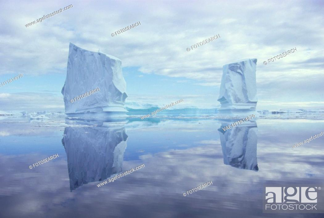 Stock Photo: Iceberg.