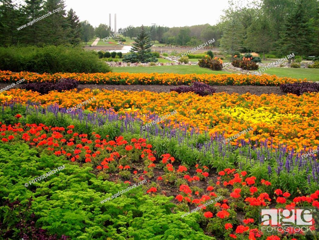 Stock Photo - Boissevain, Canada, MB, Manitoba, International Peace Garden, ND, North Dakota, USA, border