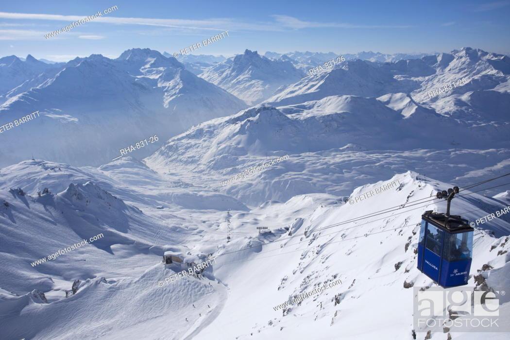 Stock Photo: Vallugabahn cable car from summit of Valluga in St. Anton am Arlberg in winter snow, Austrian Alps, Austria, Europe.