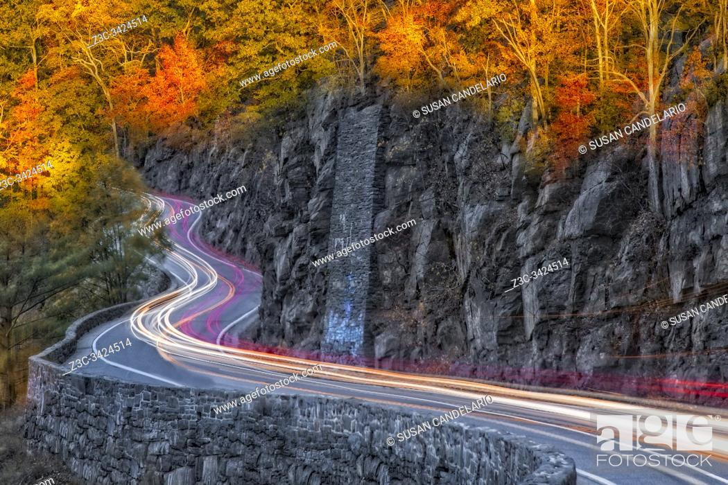 Imagen: Hawks Nest Road.