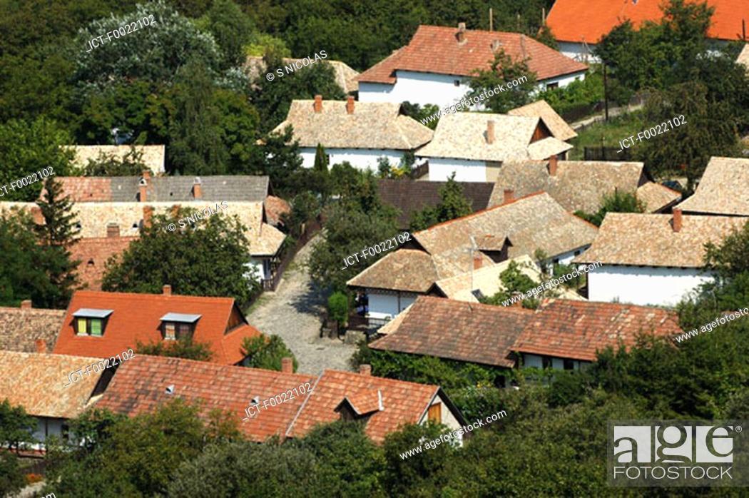 Stock Photo: Hungary, Hollok÷, traditional village.