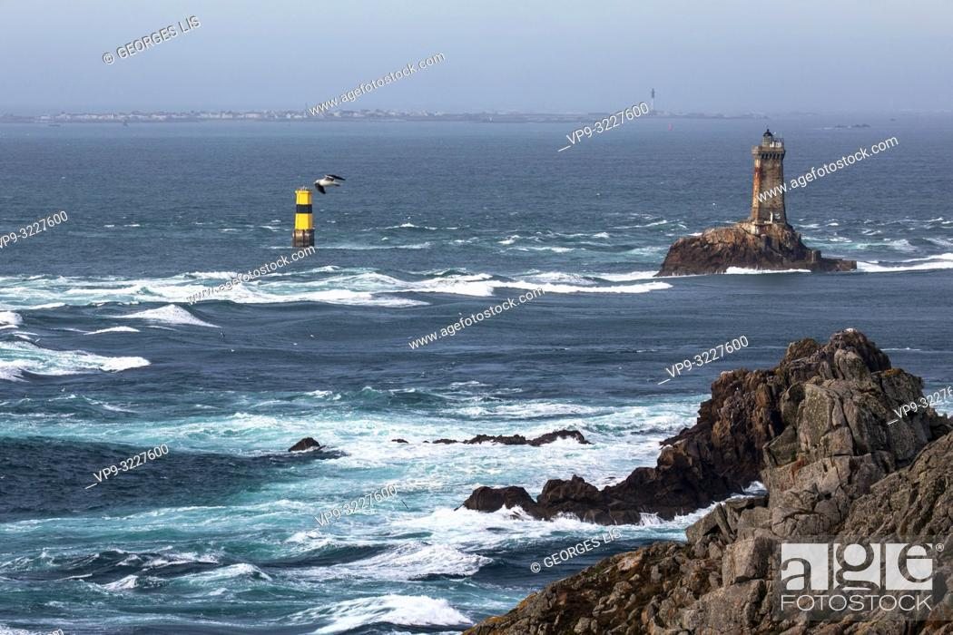 Stock Photo: Pointe du Raz, cape and La Vieille lighthouse Finistere, Bretagne, France.