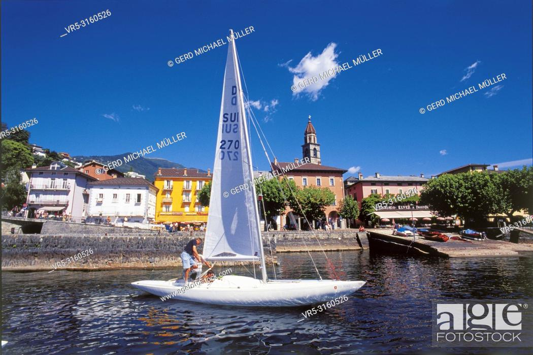 Stock Photo: Ascona at the Lago Maggiore is famous for swiss and international tourists and sailors.