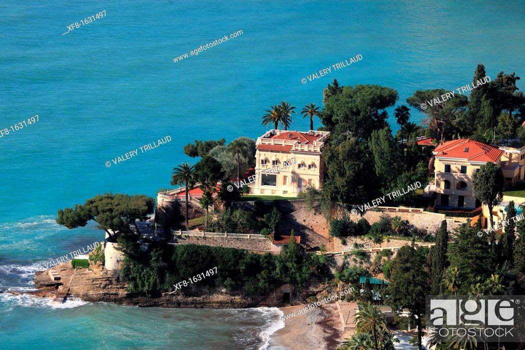 Stock Photo: A luxury villa in the coast of Roquebrune, Alpes-Maritimes, French Riviera, Provence-Alpes-Côte d'Azur, France.