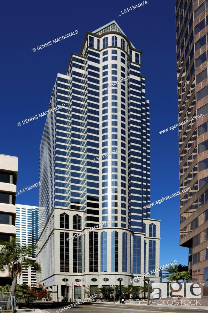 Stock Photo: 100 North Tampa skyscraper, downtown Tampa, Florida.