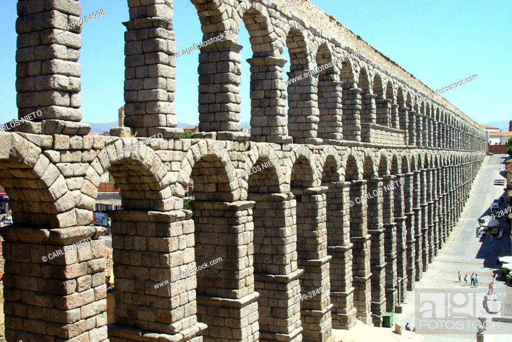 Imagen: Roman aqueduct. Segovia. Spain.