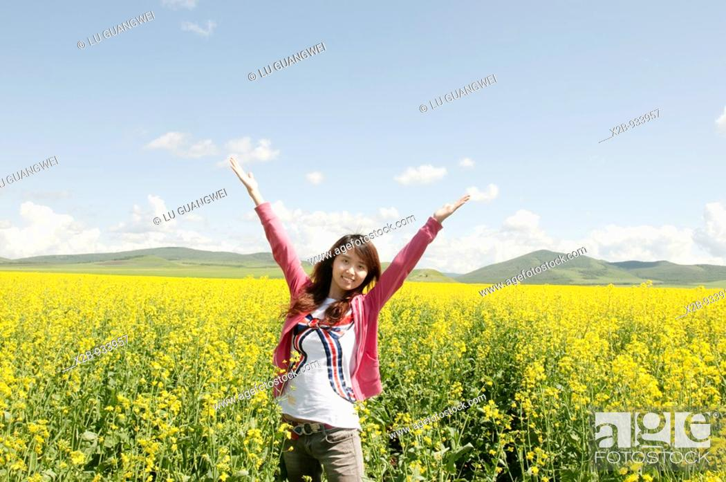 Stock Photo: July 2009,Hulunbeir,Inner Mongolia, China  Rapeseed field.