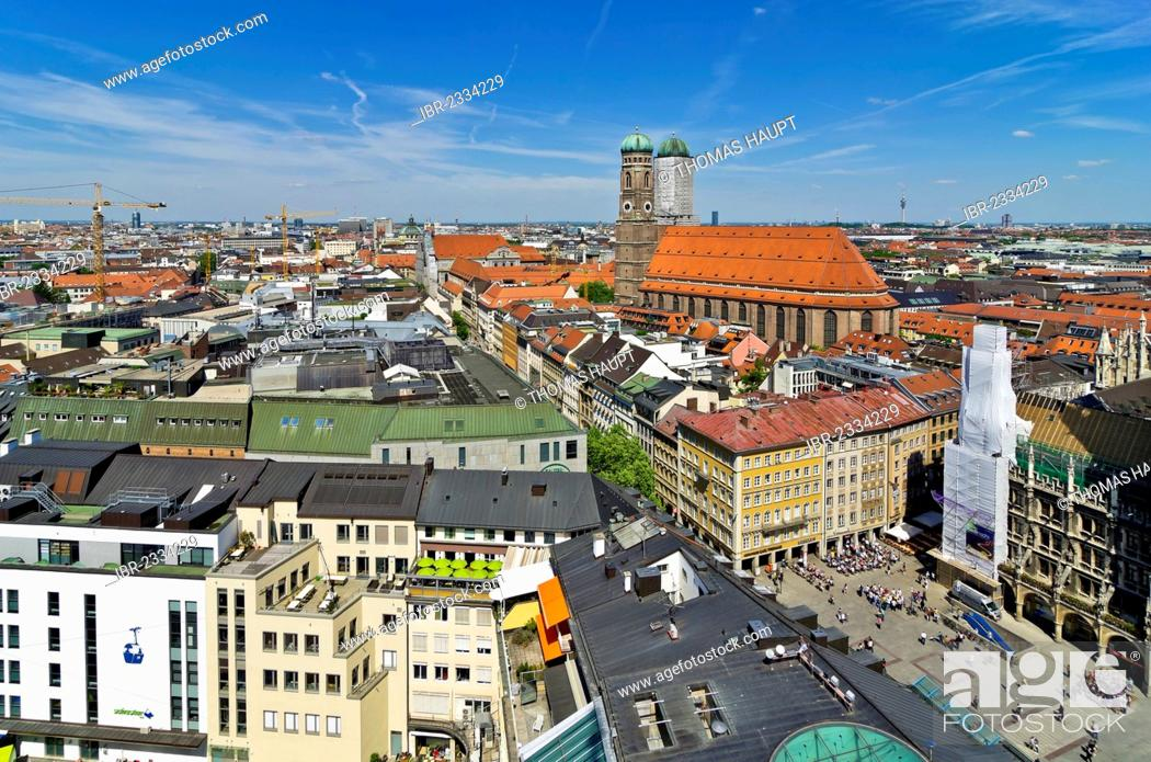 Stock Photo: View over the roofs of Munich as seen from the steeple of the Church of St. Peter, Frauenkirche church on the right, Munich, Upper Bavaria, Bavaria, Germany.
