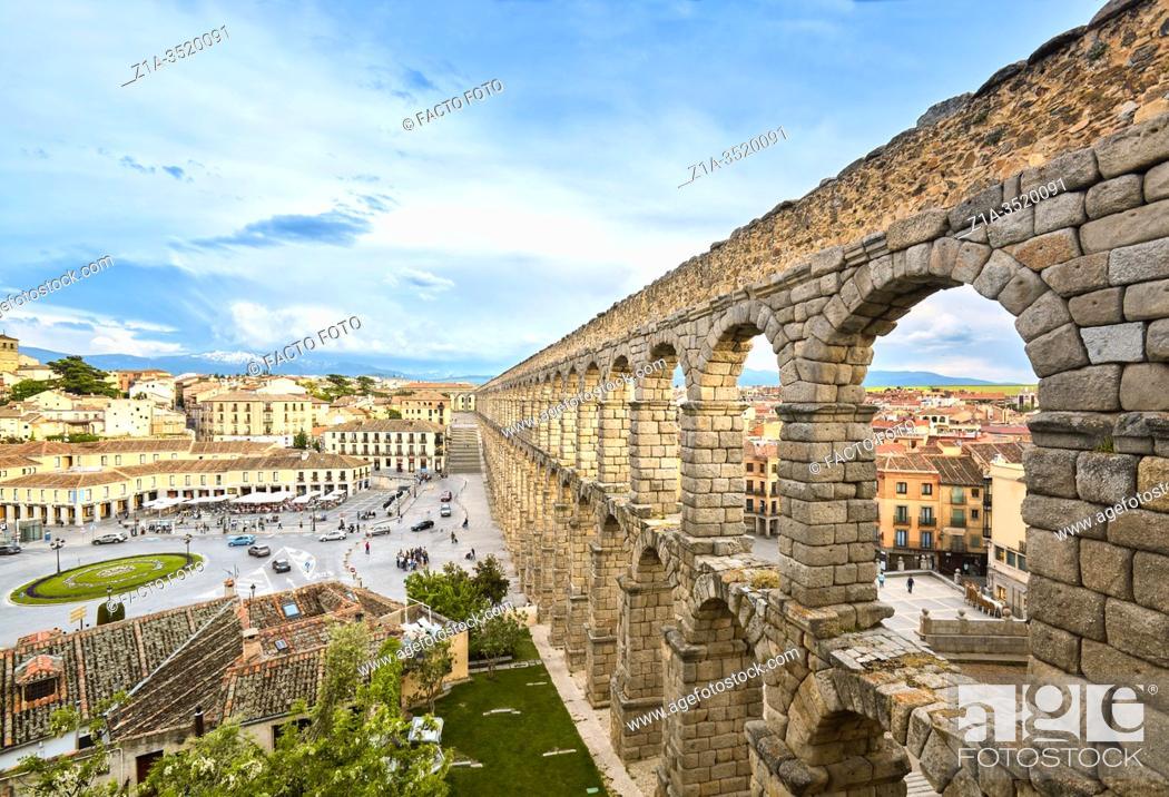 Imagen: The Roman aqueduct. UNESCO World Heritage Site. Segovia. Castile and Leon. Spain.