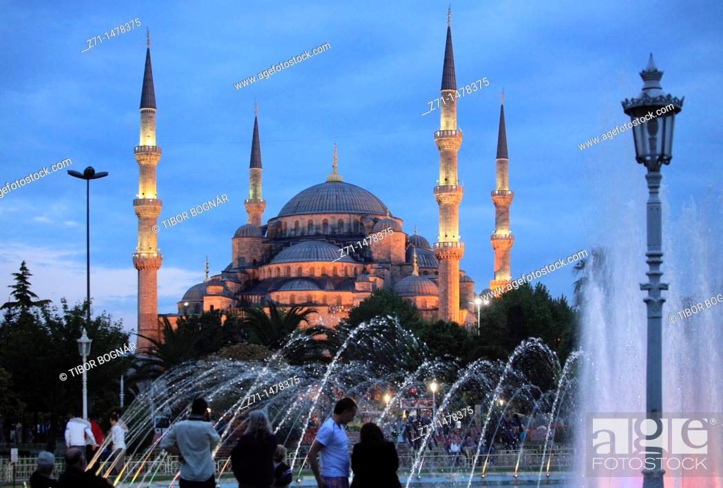 Stock Photo: Turkey, Istanbul, Blue Mosque, Sultan Ahmet Camii.
