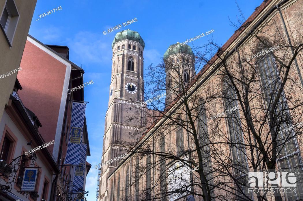 Stock Photo: Frauenkirche, Munich, Bavaria, Germany.