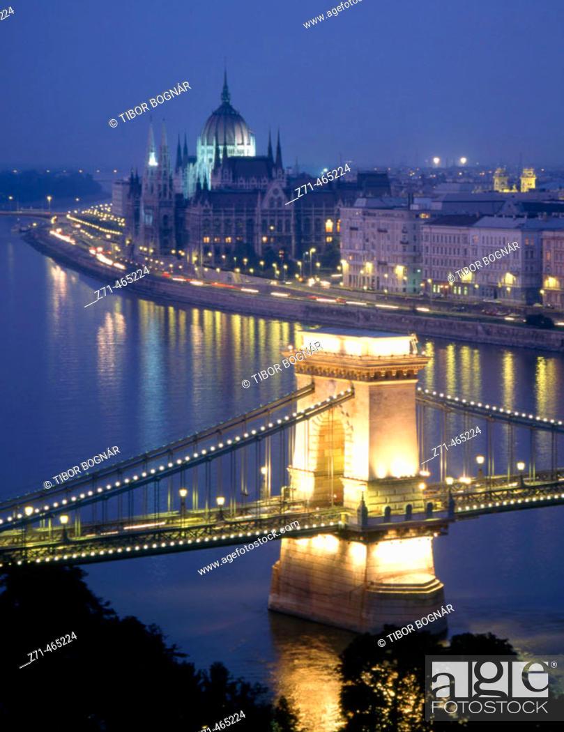 Stock Photo: Chain Bridge, Danube River, Parliament. Budapest. Hungary.