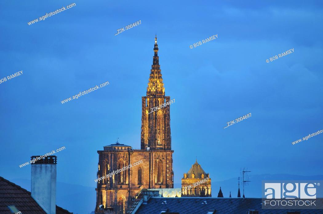 Stock Photo: View on the Strasbourg Cathedral early in the morning at blue hour time.