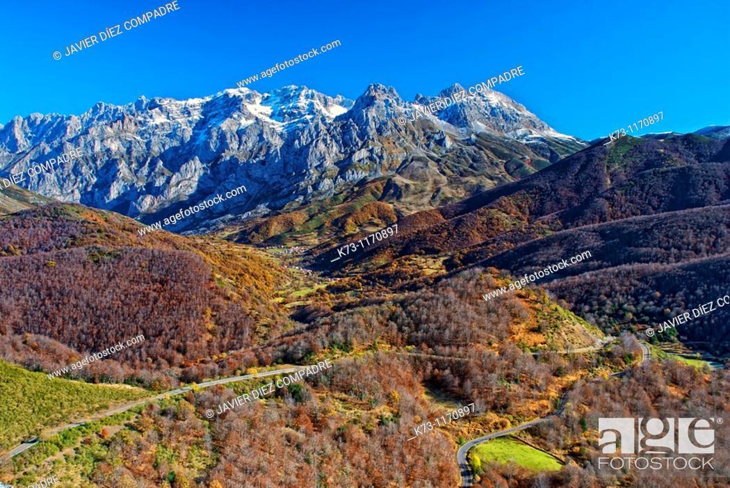 Stock Photo: Valdeon Valley. Central Massif. Picos de Europa National Park. Leon province. Castilla y Leon. Spain.
