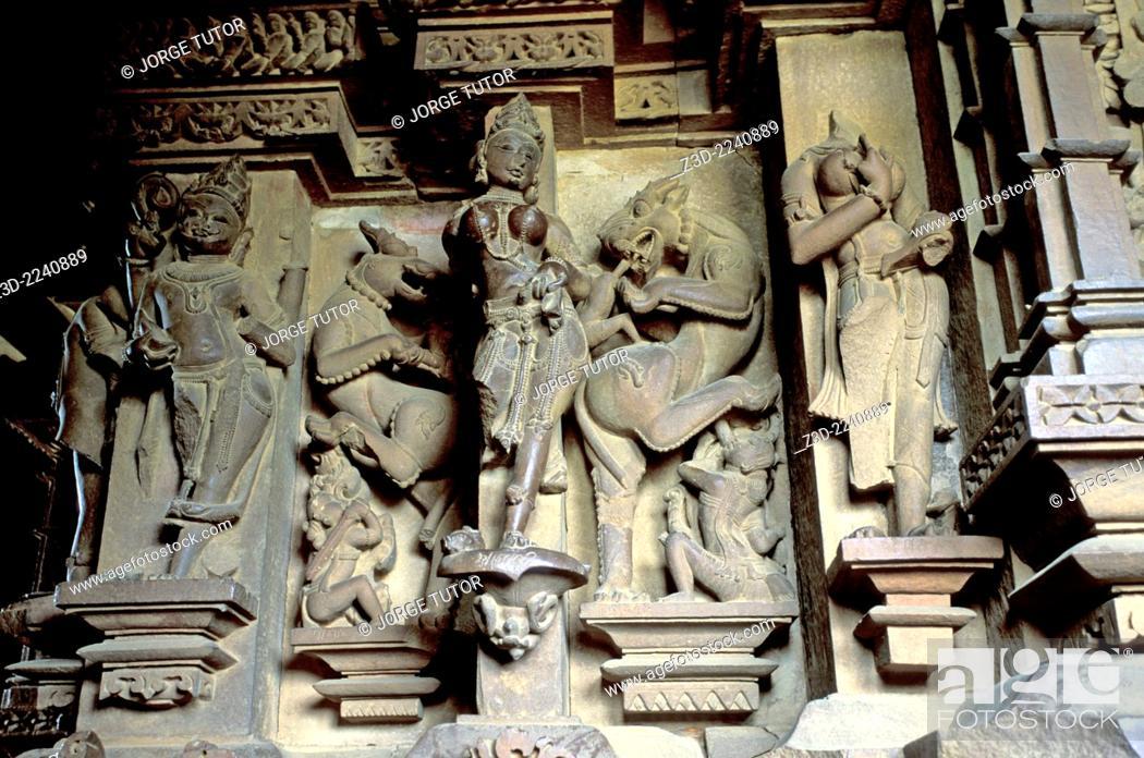 Imagen: Exquisite stonework sculptures in Vishwanath Temple. Khajuraho Western Temples.